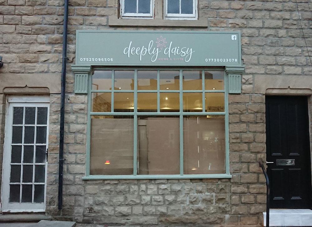 Deeply Daisy Branding